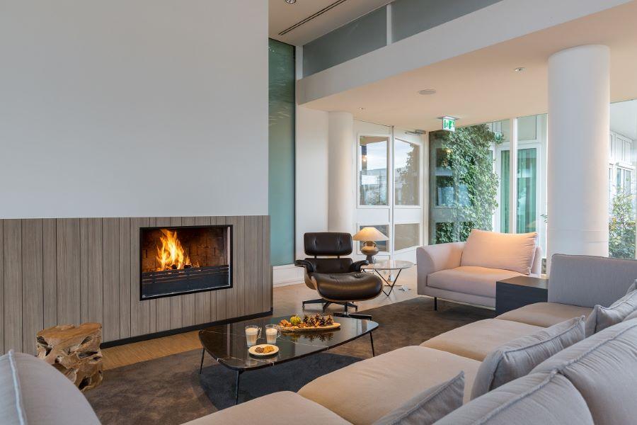 Lounge - zithoek met openhaard